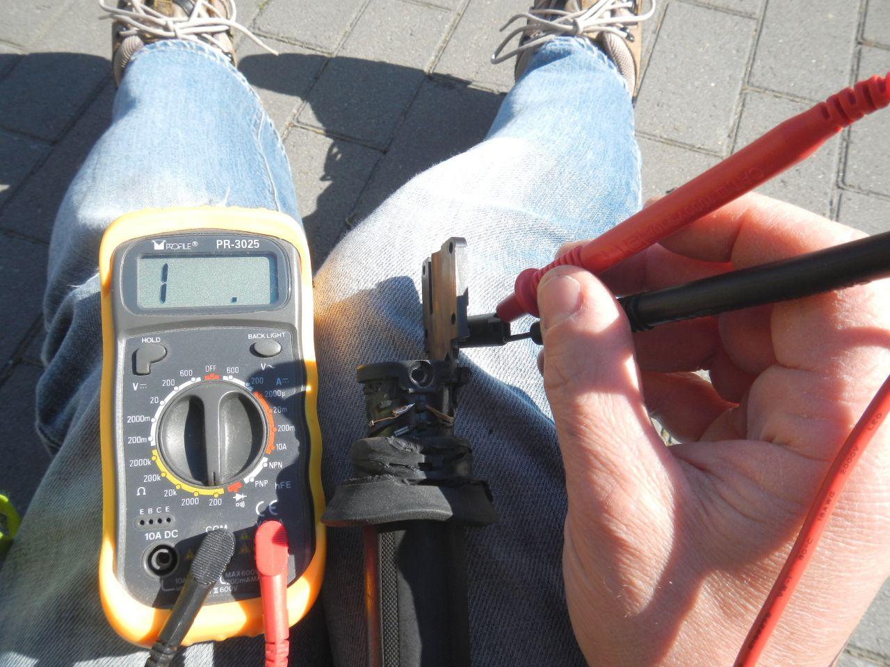 Tuto - réparation poignée chauffante HS - K1200S 560d80cceeca2