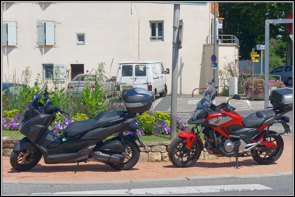 Algo essaie la Zero Motorcycles DSR 57890f936e512