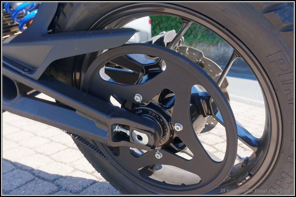 Algo essaie la Zero Motorcycles DSR 5789124ad84f0