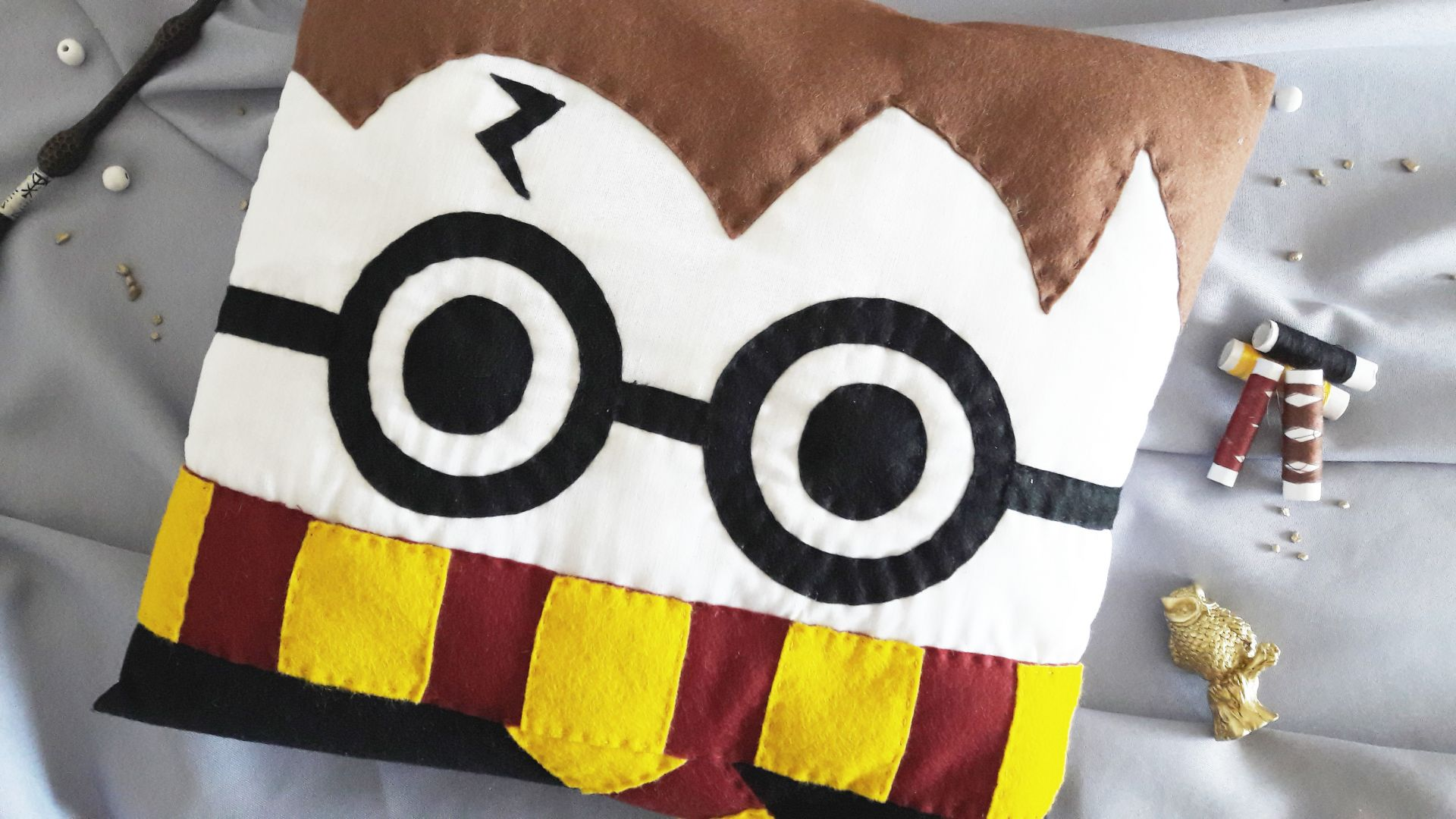 coussin harry potter DIY & Coussin Harry Potter – Loïcia Itréma coussin harry potter