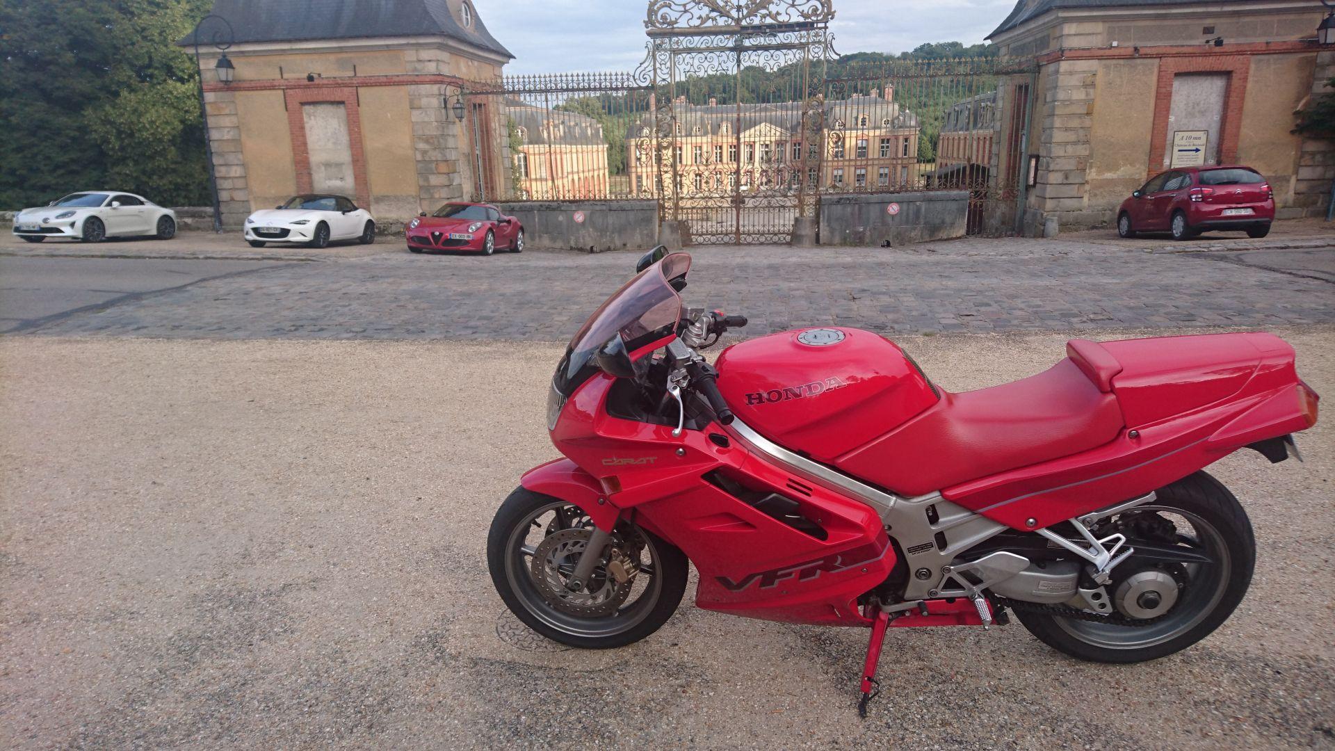 Nouveau en RC36 rouge 1991 5b9ea77f66d61
