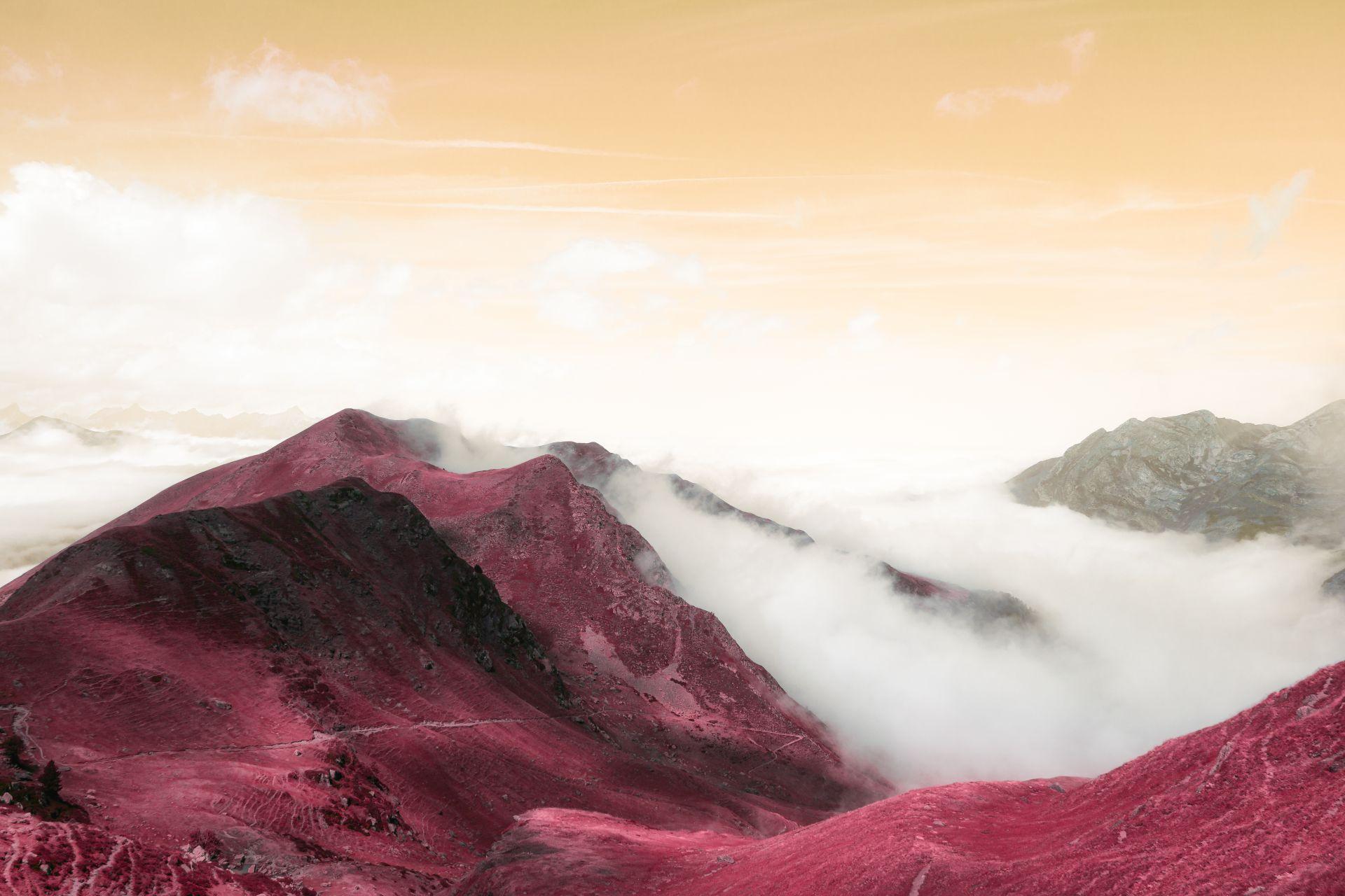 Les voyages Fantasmés de Yohan Chardey. Le  style graphique et coloré du jeu No Man Sky a été une source d'inspiration pour la série  « Ici et Ailleurs ».