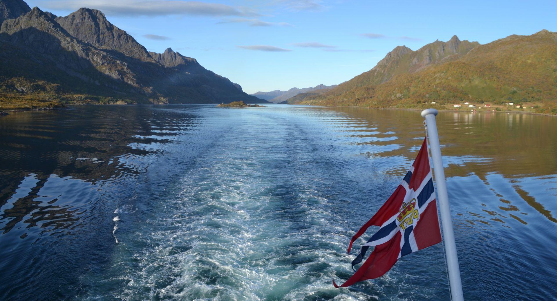 Călătorie cu familia în Insulele Lofoten Norvegia