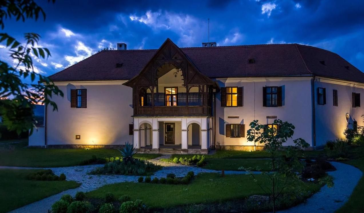 Sejur romantic în România, printre castele, conace și cetăți medievale