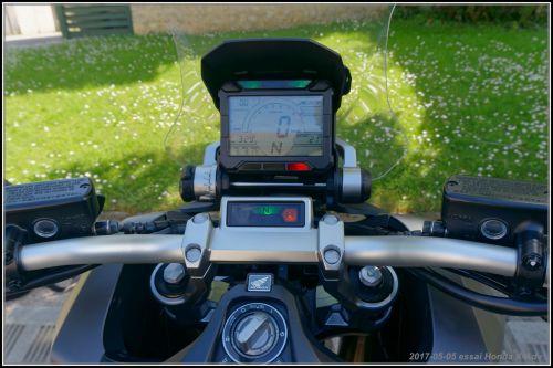 Fabrice et Algo essaient l'X-Adv de Honda 590d9681543d3