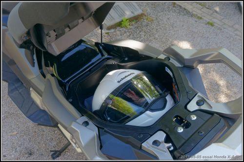 Fabrice et Algo essaient l'X-Adv de Honda 590d9855300a4