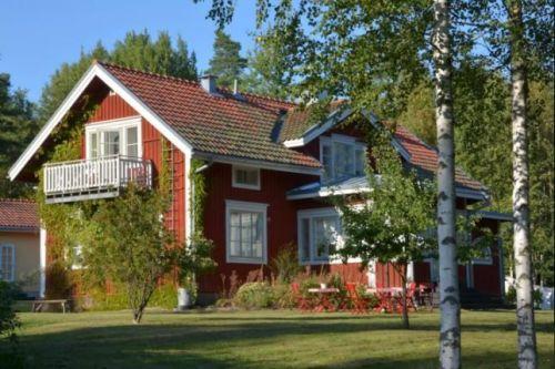 Cottage familial cochet, la țară***